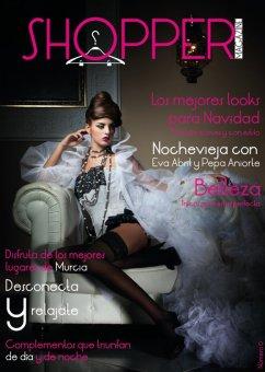 Portada en la revista murciana Shopper Magazine [diciembre 2011].
